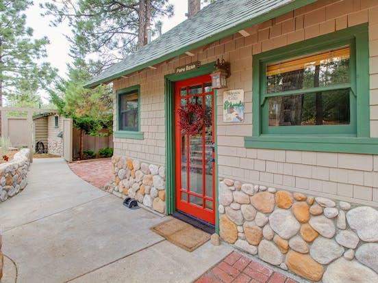 Red front door of 2 bedroom Big Bear Lake, CA vacation rental