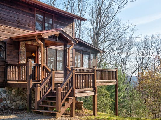 Exterior of vacation cabin in Blue Ridge, GA with beautiful view