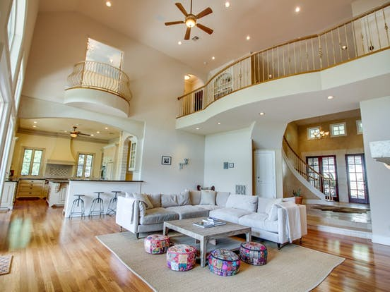 large vacation rental in Austin, TX