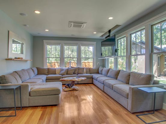 boise vacation home with huge sectional couch
