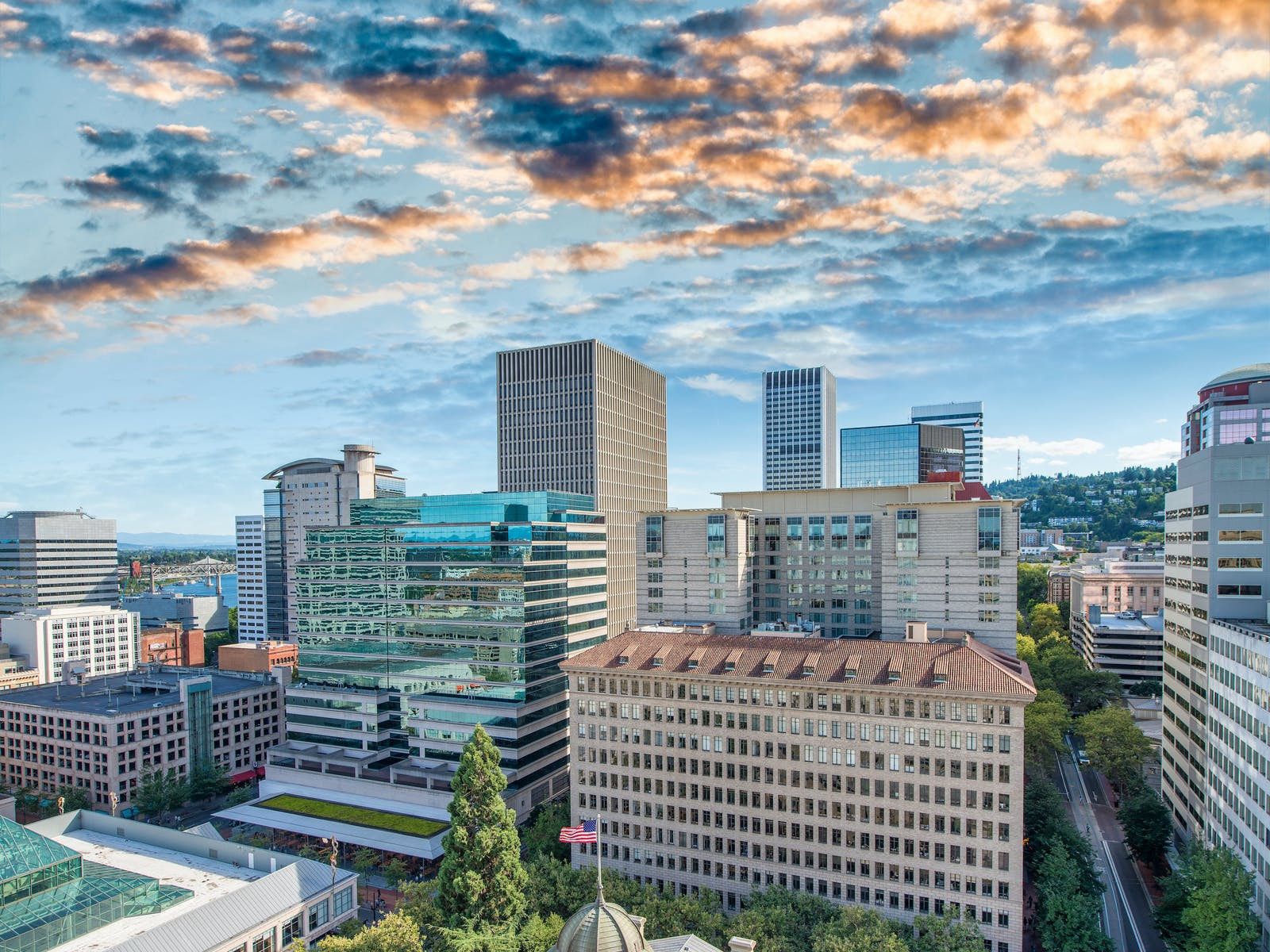 beautiful portland, oregon skyline