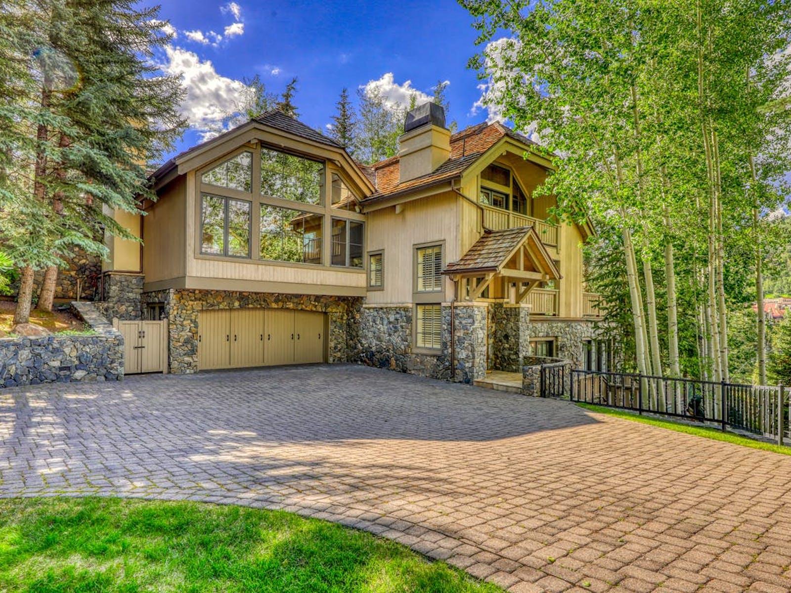 Large vacation rental in Colorado