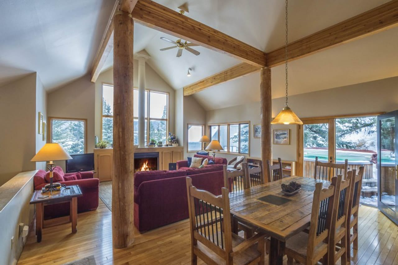 Interior of Cool Ridge Town Home located in Dillon, CO