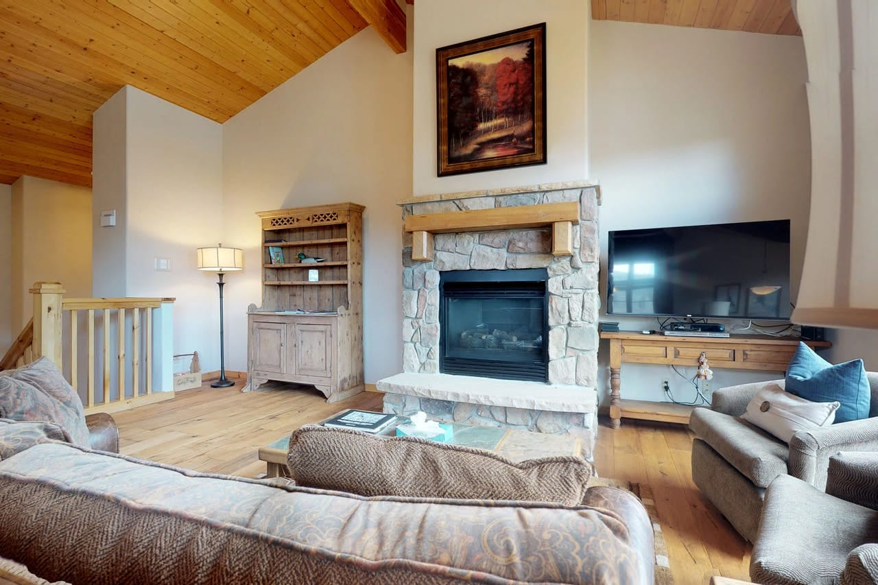 Cozy living room inside Campfire Mountain Home #9 in Keystone, CO