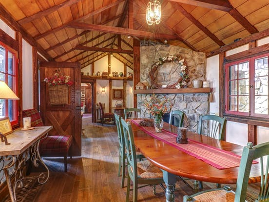 Deep Creek Lake vacation cabin with rustic, upscale features and decor