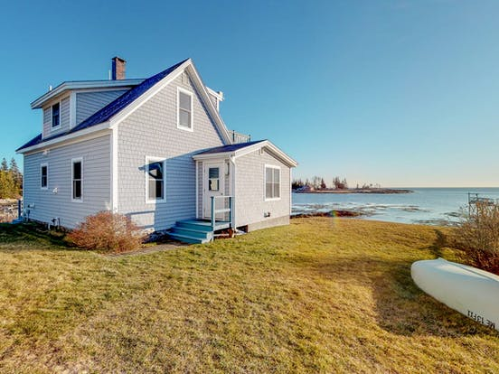 Vacation rental home located right on the water in Boothbay Harbor, ME