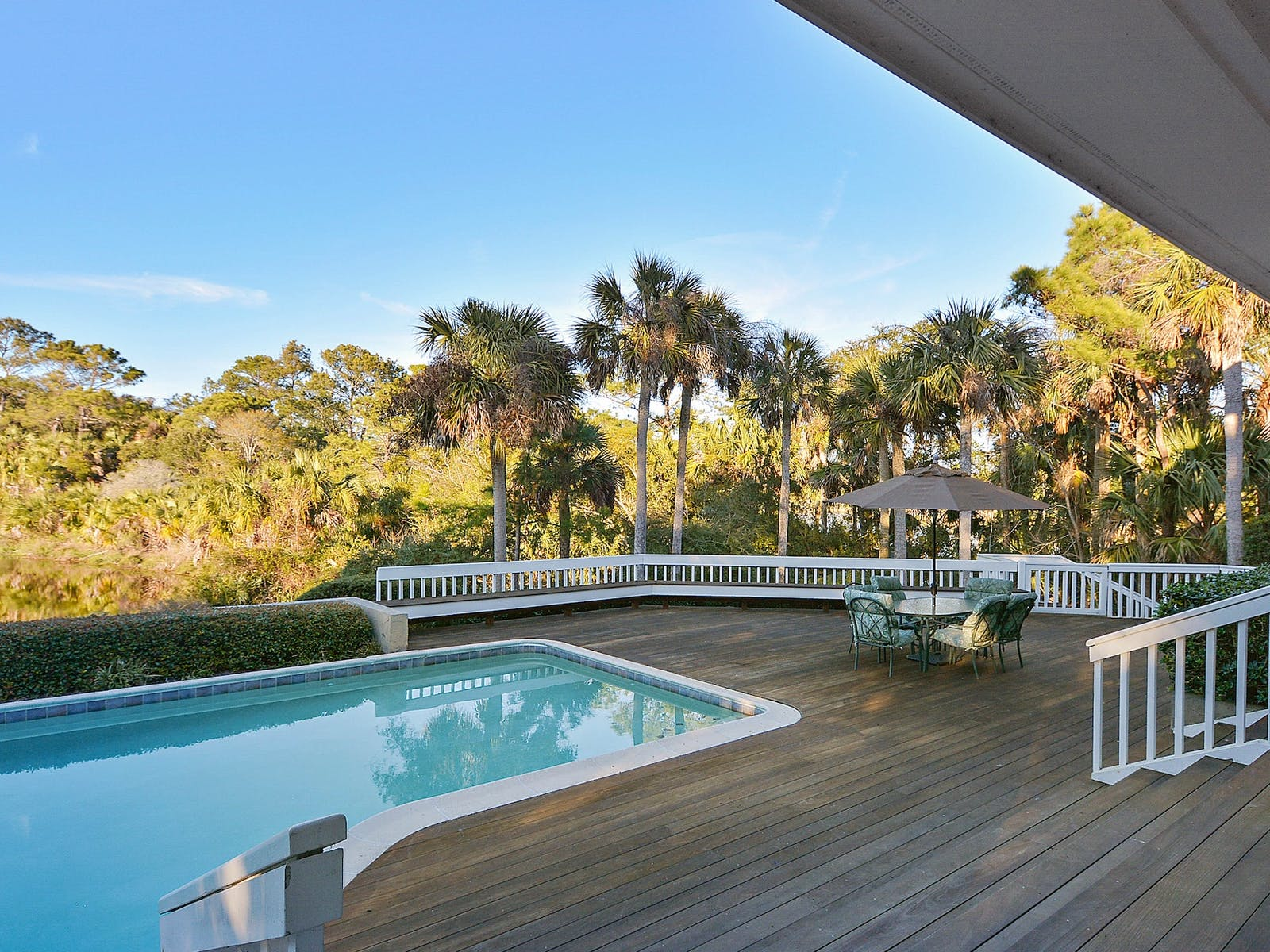 Vacation rental deck with pool in Kiawah Island, SC