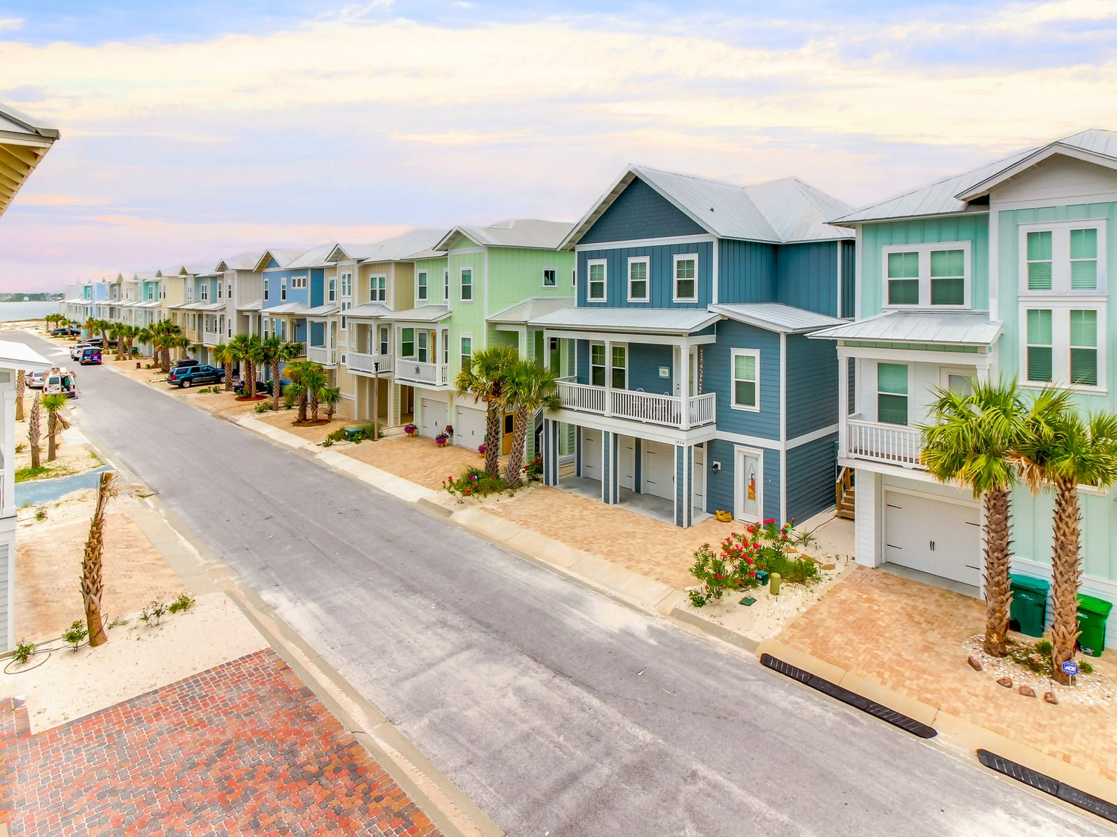 row of beach houses in Navarre Beach, FL
