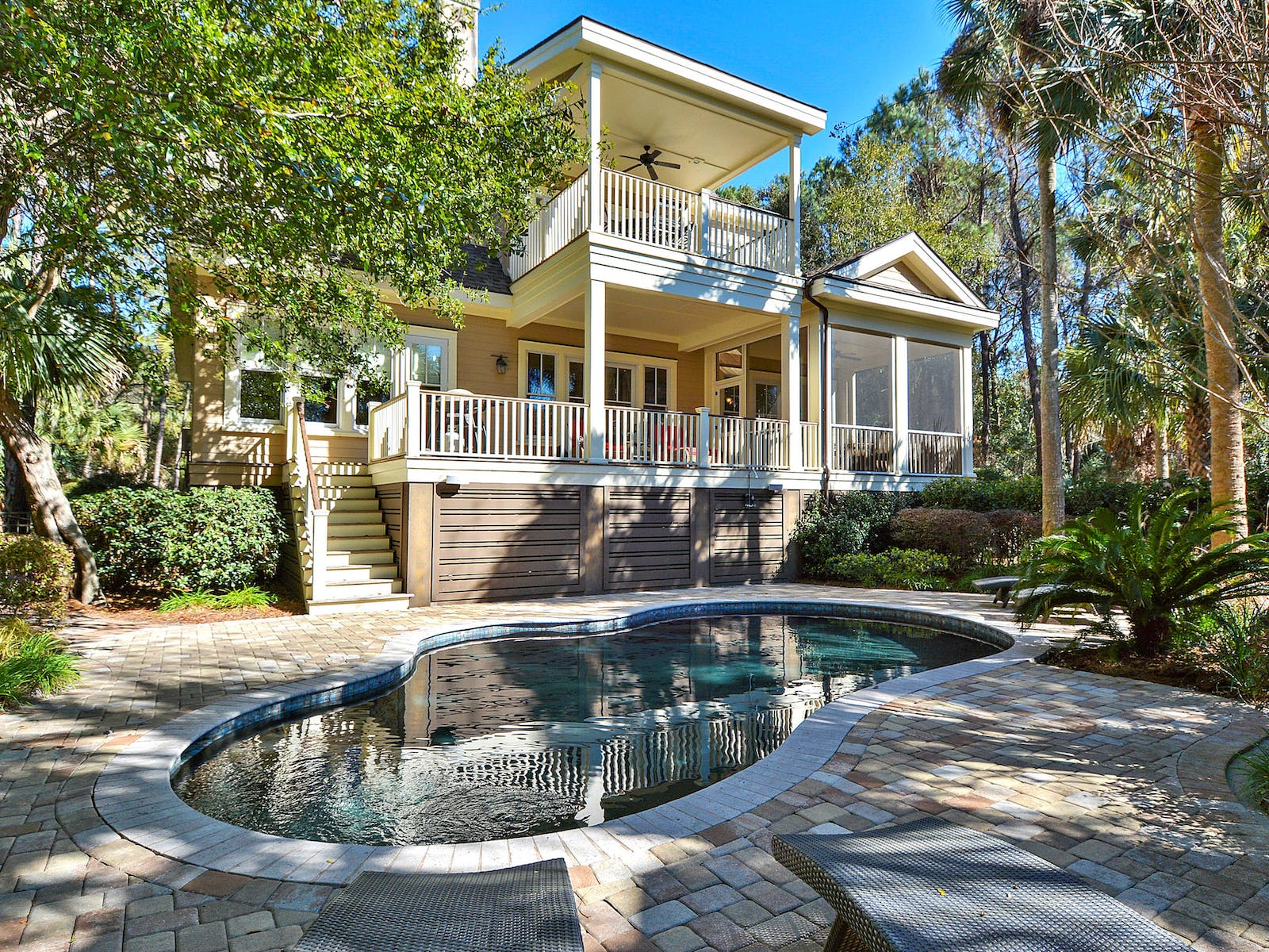 Outdoor pool of Kiawah Island, SC vacation home
