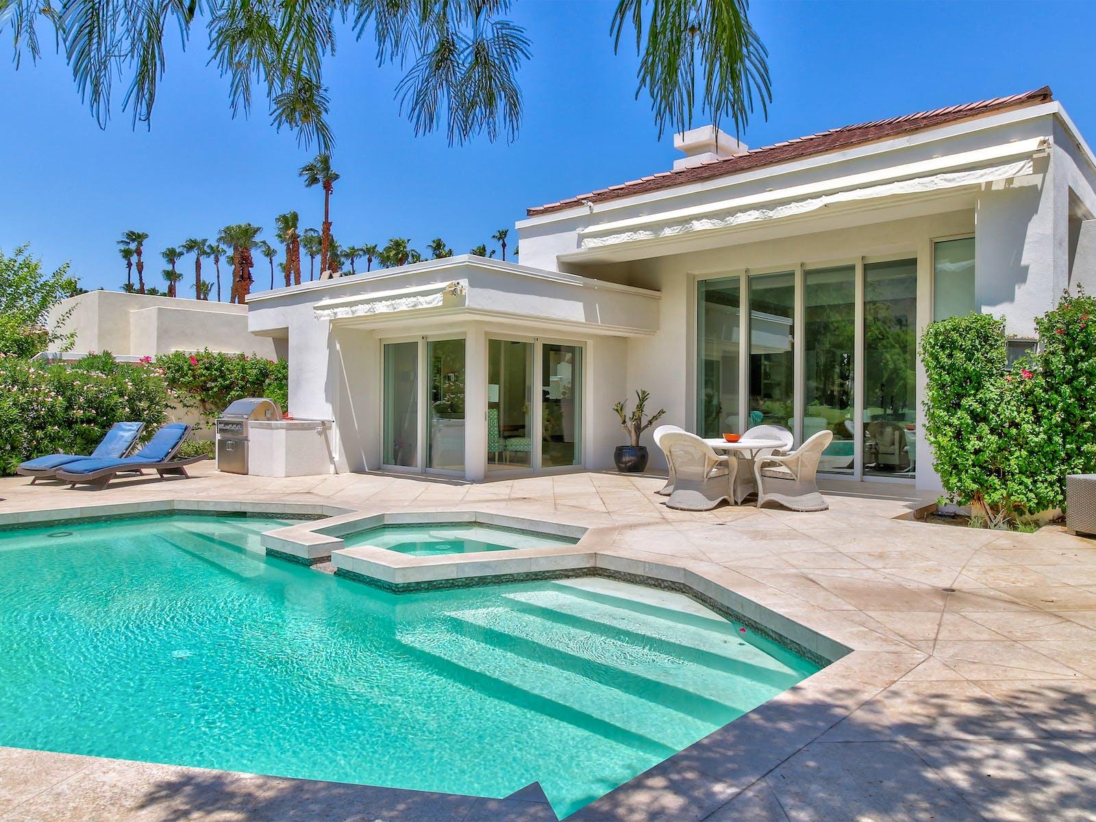 Vacation rental outdoor pool located in La Quinta, CA