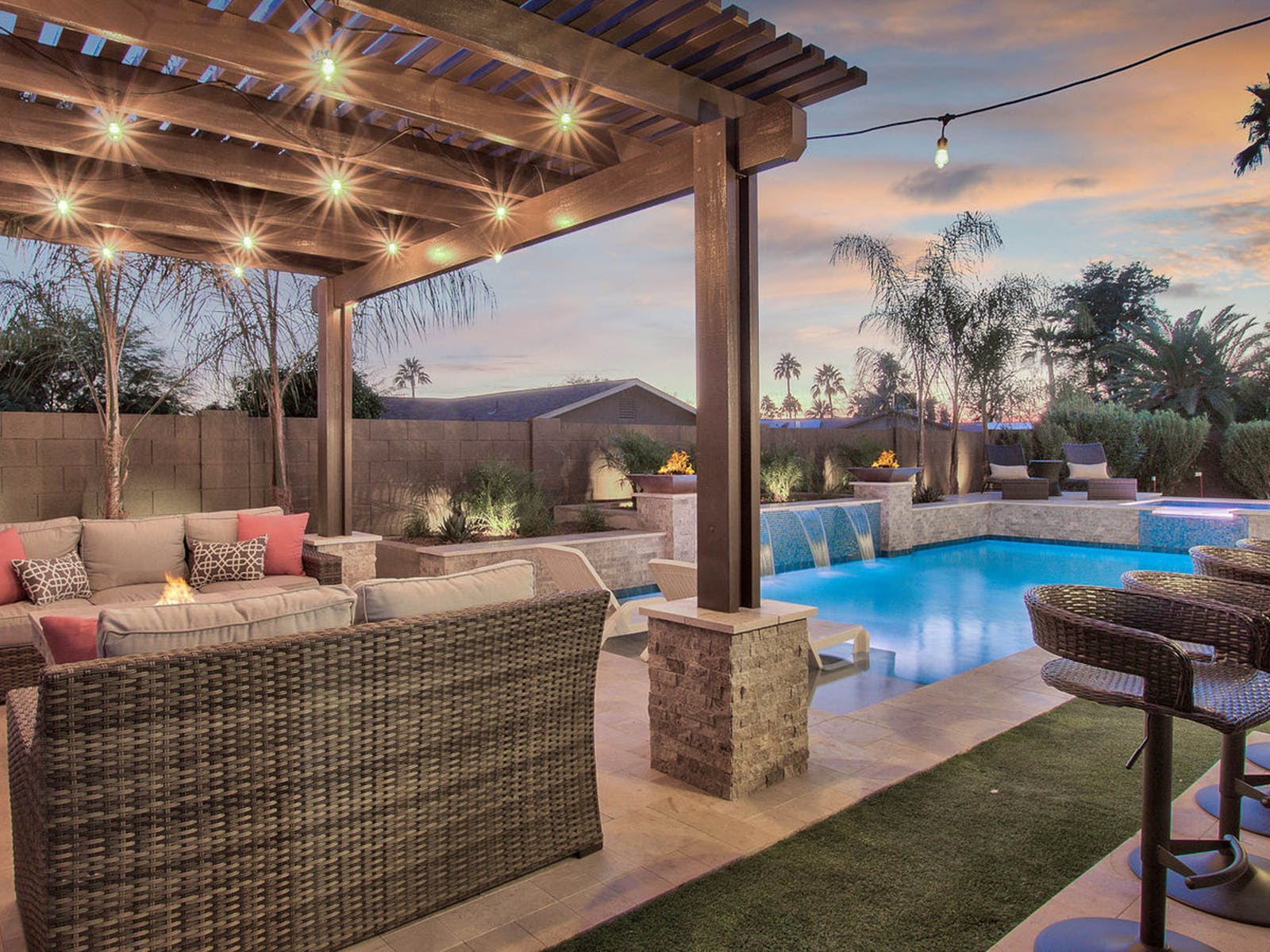 Outdoor pool, patio and bar of Scottsdale, AZ vacation rental