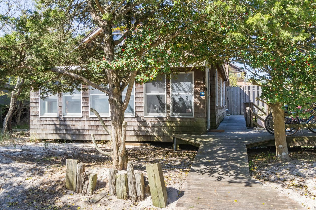 Coastal cabin rental located on Fire Island, NY