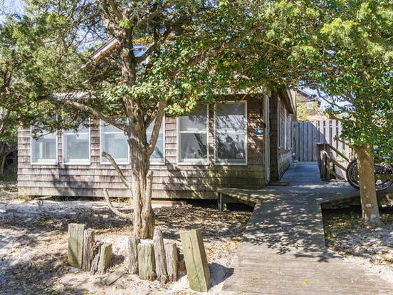Coastal cabin rental located on Fire Island, NY