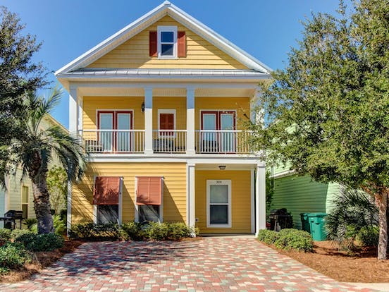 Sunny Florida vacation home located in Destin