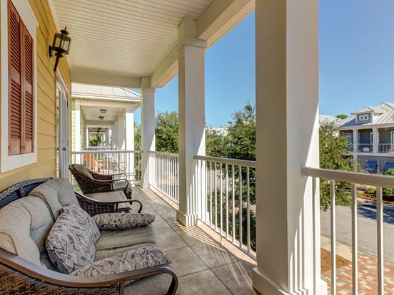 Vacation rental in Destin, FL with shaded deck upstairs