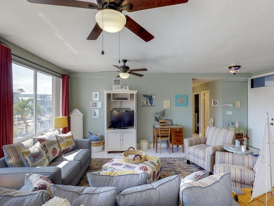 Bright and cheery vacation rental located in Key Largo, Florida