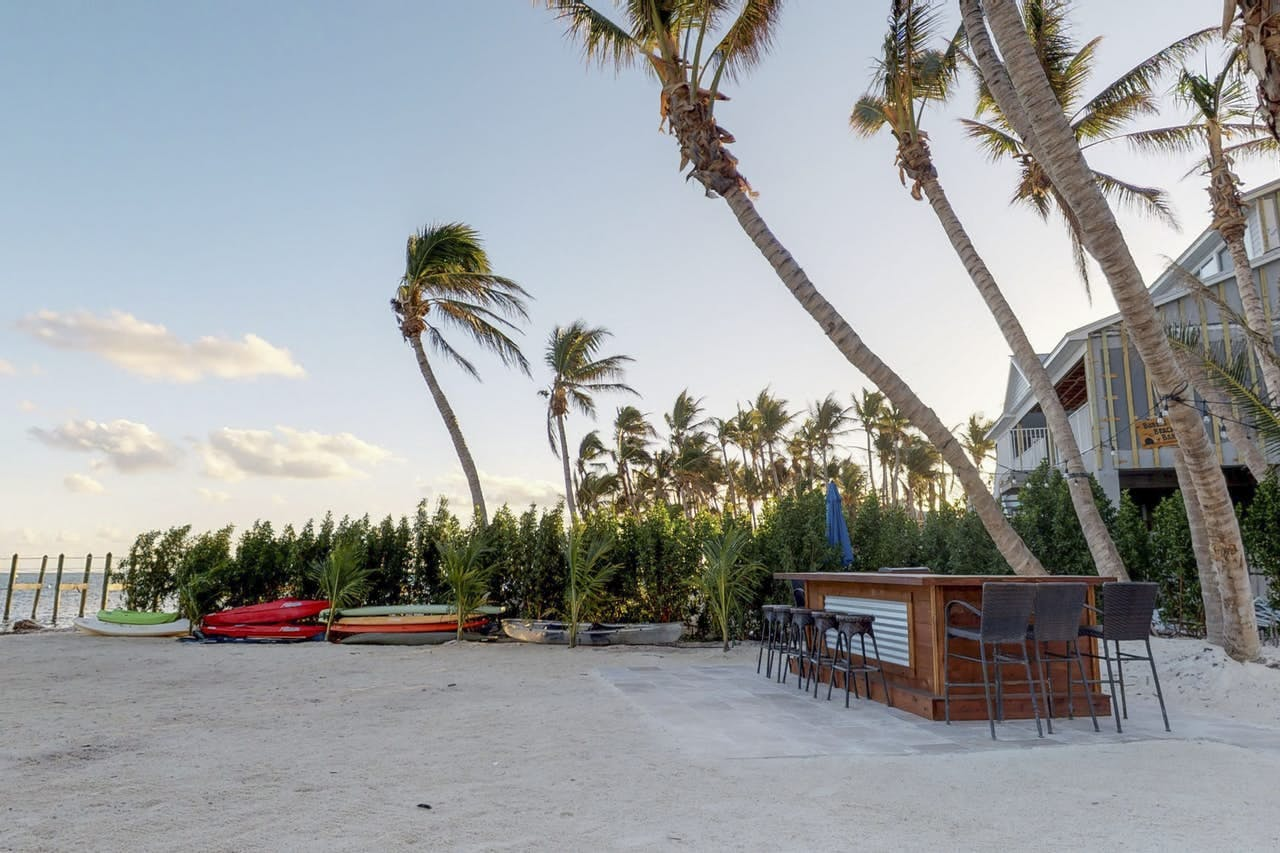 Private beachside bar found within Ocean Oasis, a Islamorada vacation rental