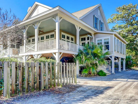 Two-story beach cottage located in Hilton Head, SC