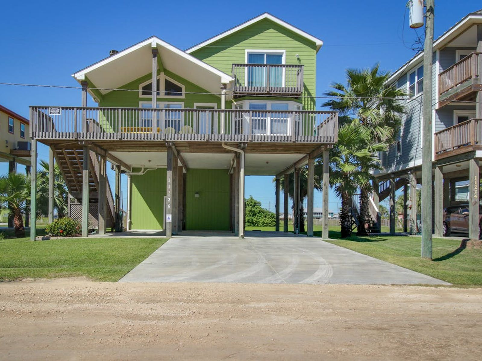 Lime green vacation home in Galveston, TX