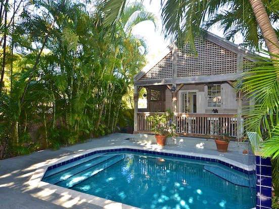 Outdoor pool of Key West cottage