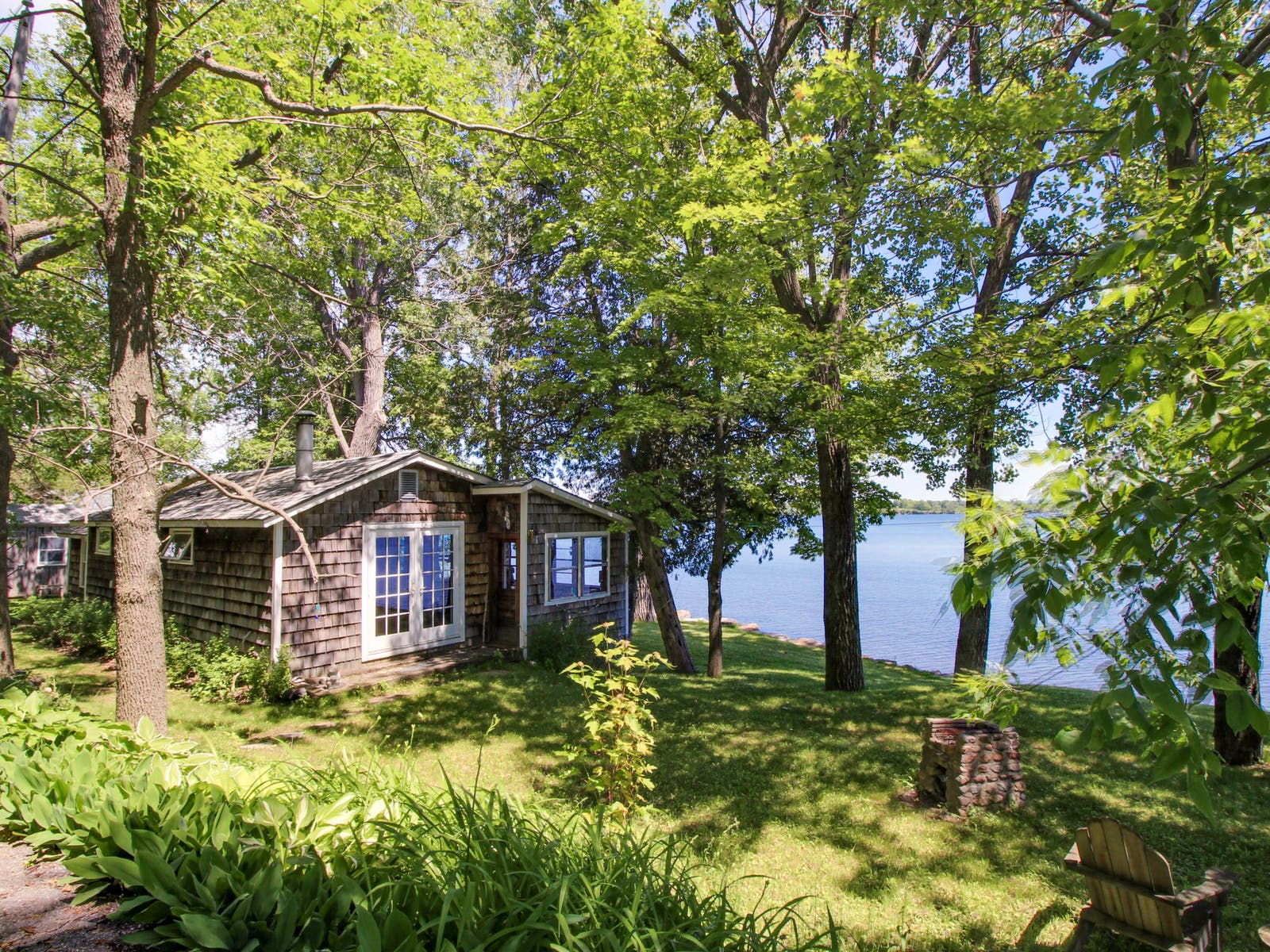 vacation cottage located on lake champlain