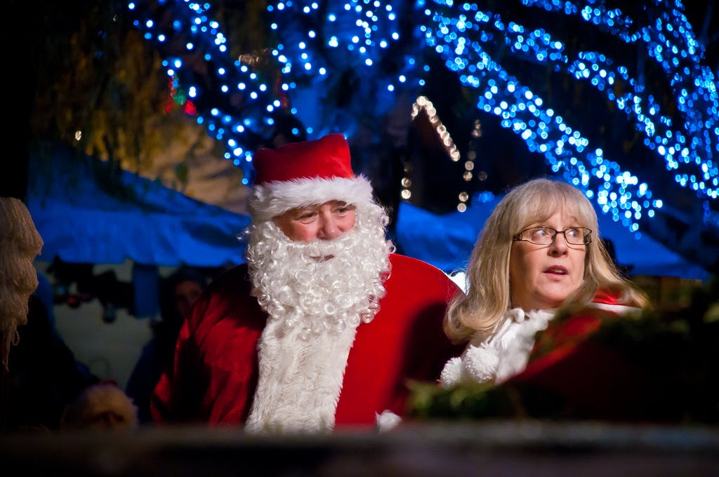 Mr. and Mrs. Claus at a leavenworth parade