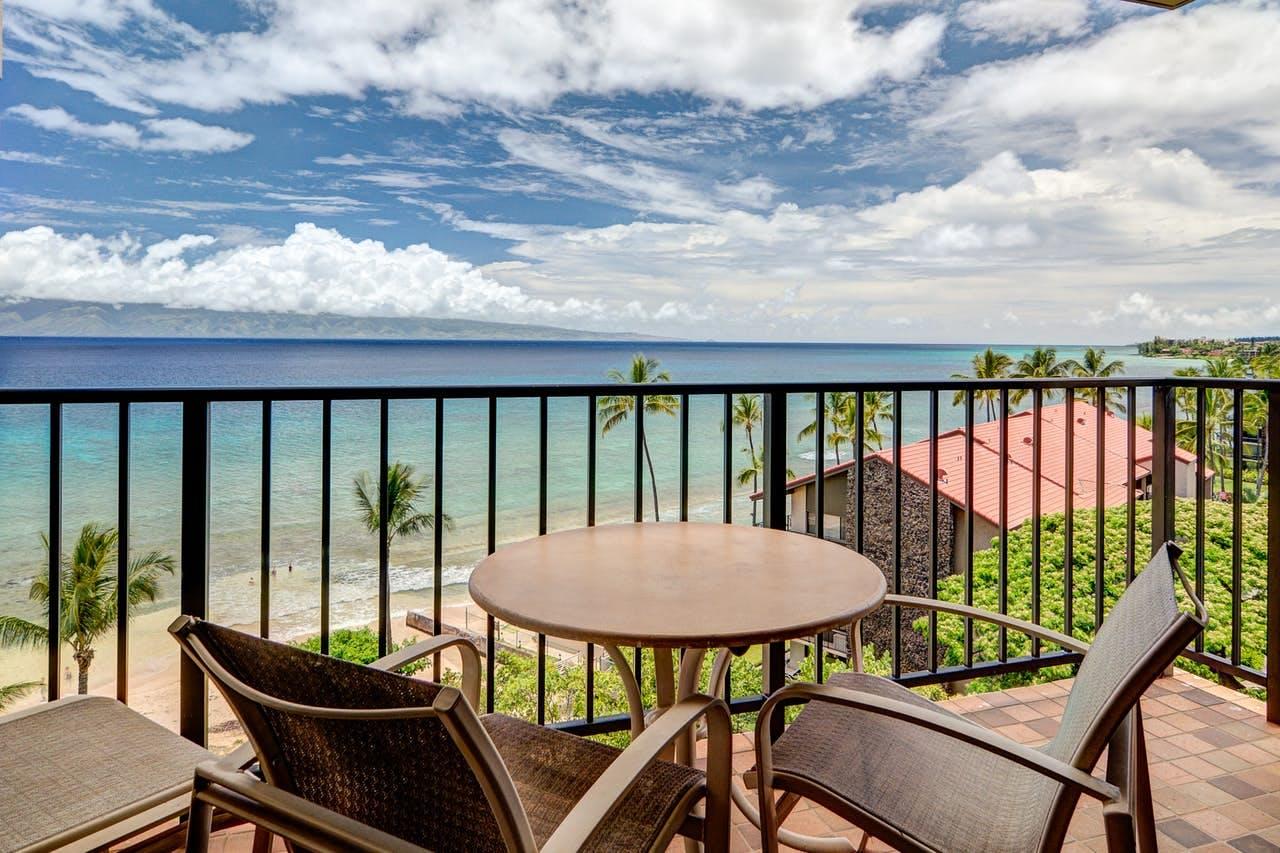 Balcony overlooking Maui beach and ocean