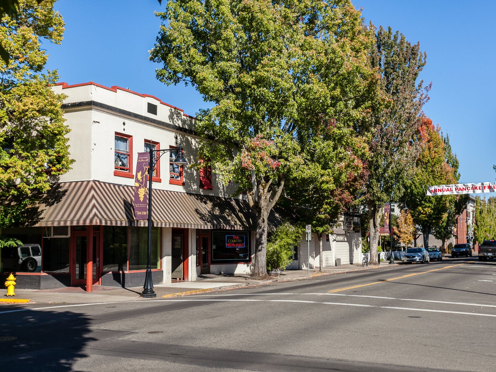 storefronts in mcminnville OR