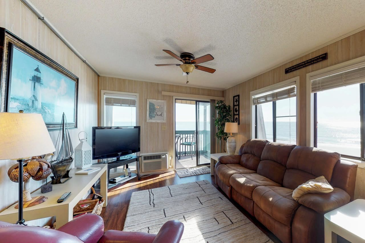 Ample natural light within this Myrtle Beach vacation rental