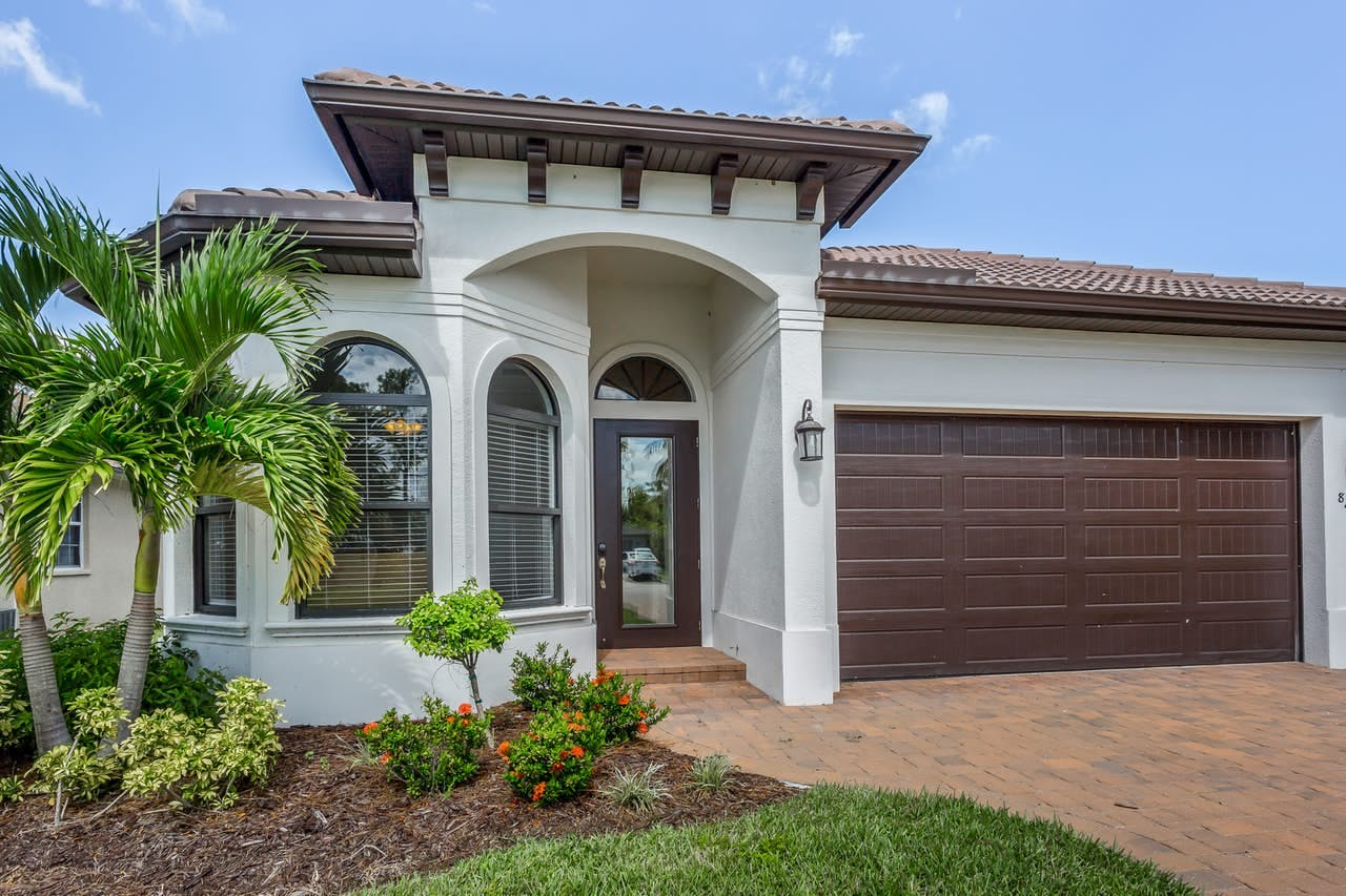 Lovely Naples, FL vacation home with beautiful landscaping