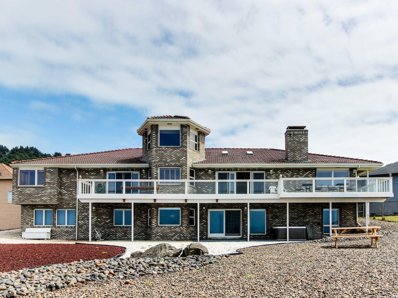 newport, or vacation rental