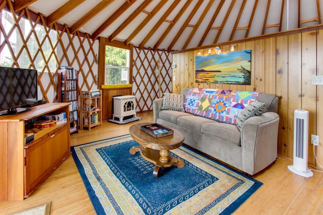 a yurt on the oregon coast