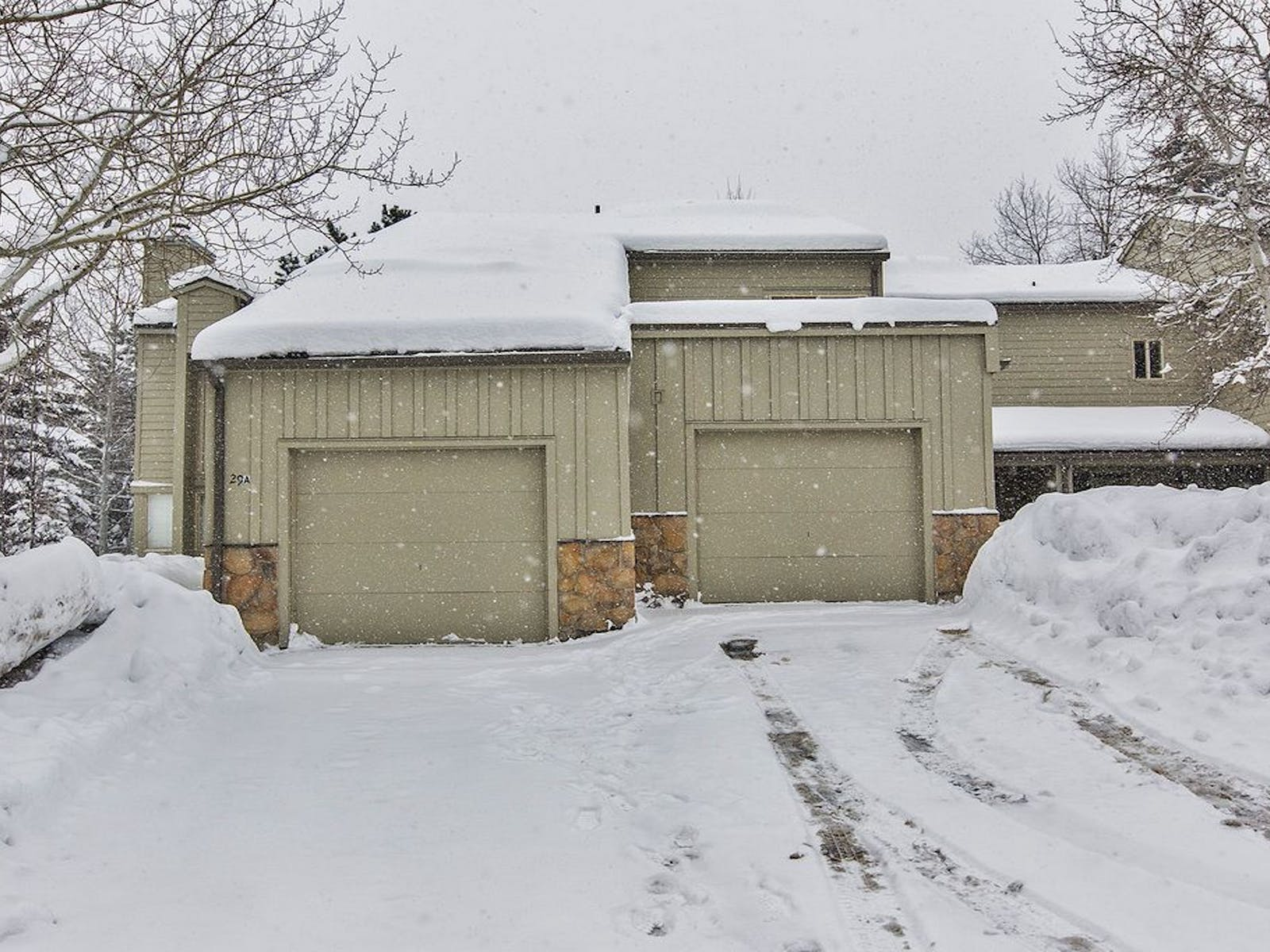 """Canyons Dream"" vacation rental in Park City, UT covered in snow"