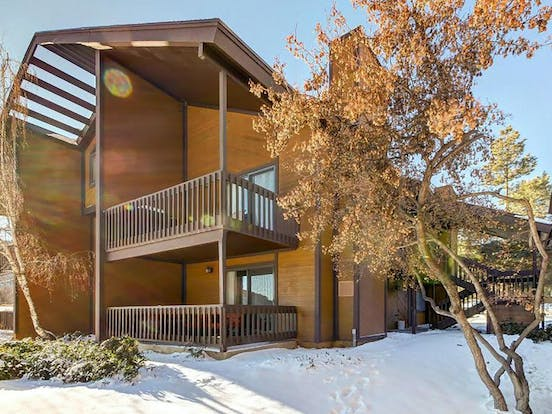 Golf and Ski Getaway vacation condo is located in Park City, Utah