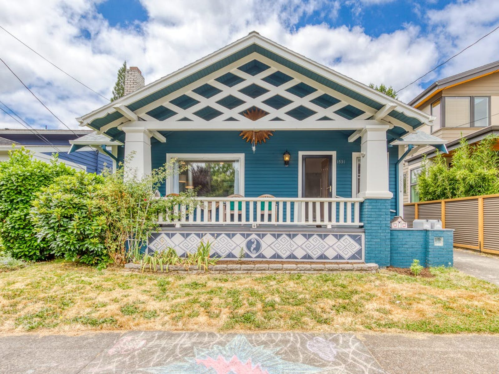 Portland, OR vacation rental front porch and exterior