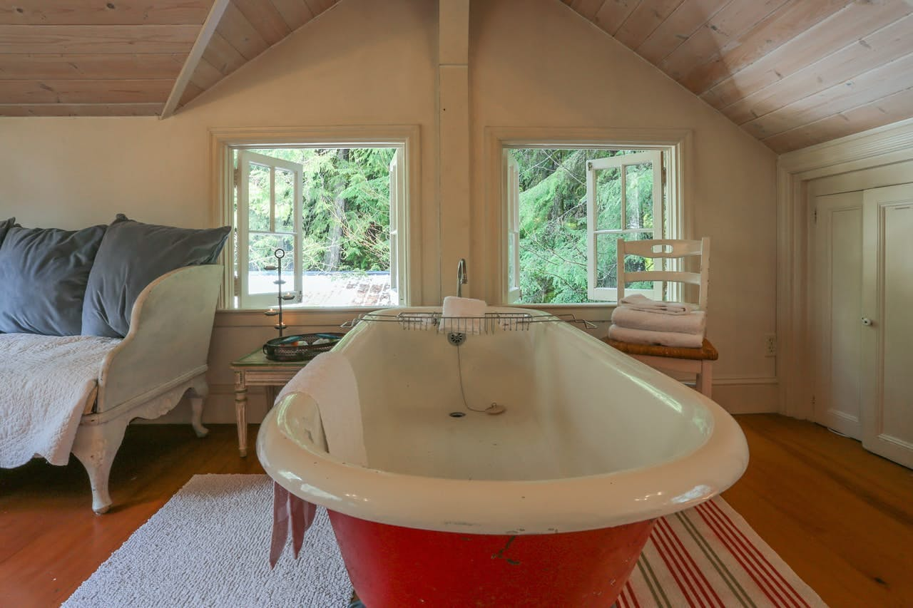 A bathtub in the Swedish Stuga in Rhododendron, OR