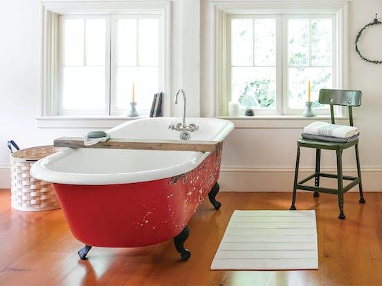 Swedish Stuga vacation rental bathroom