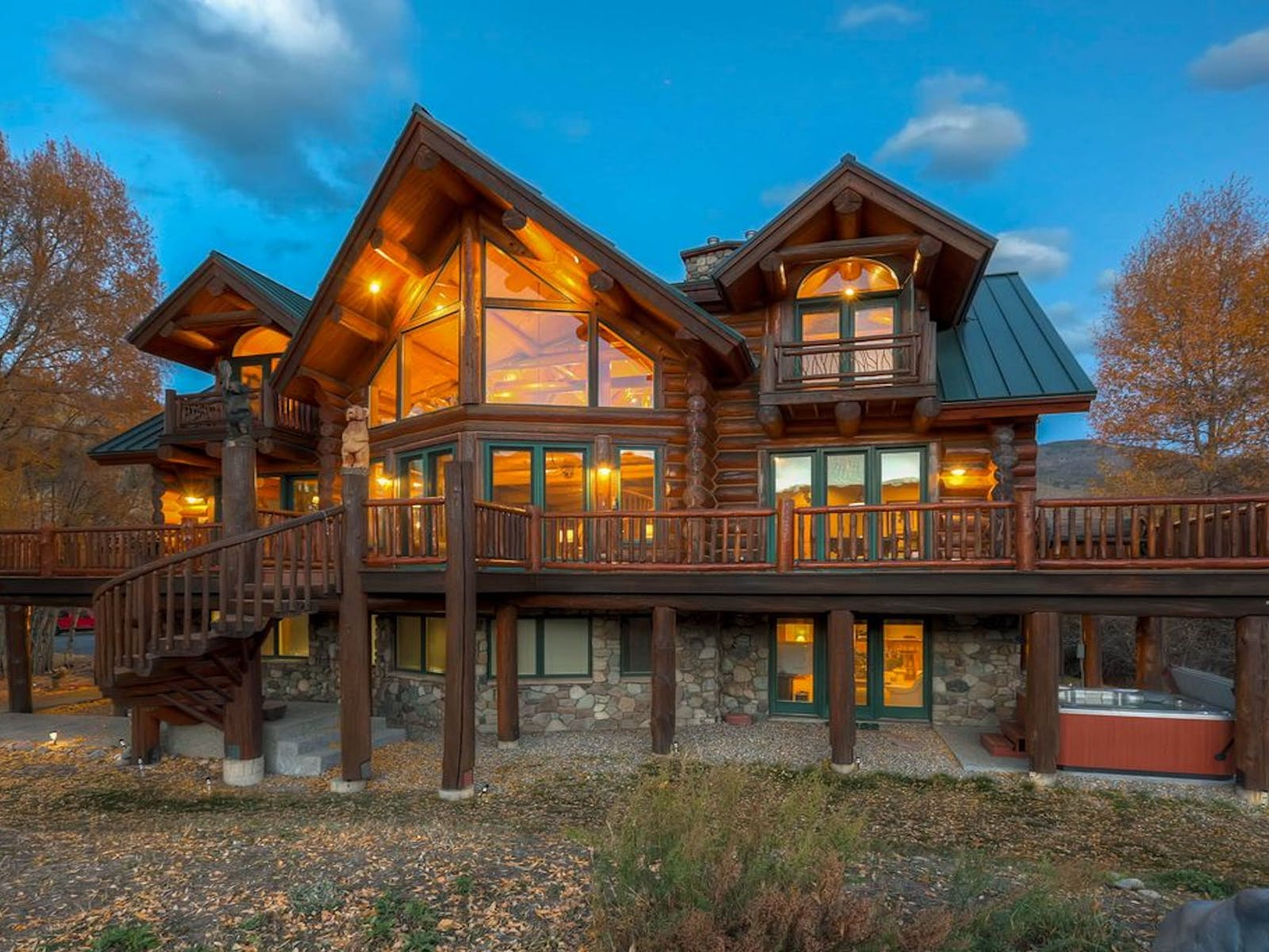 silverthorne, co vacation cabin rental with hot tub and large deck