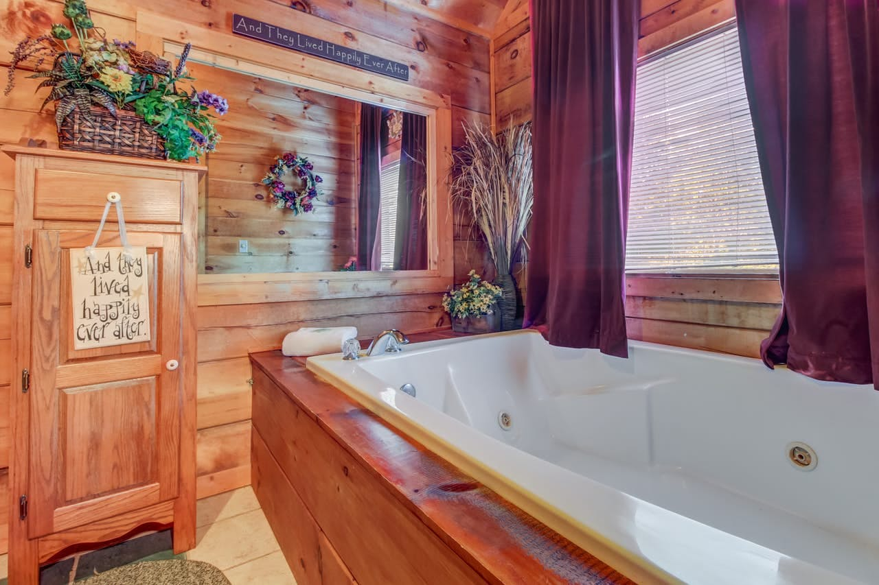 a jacuzzi tub in a smoky mountain cabin rental
