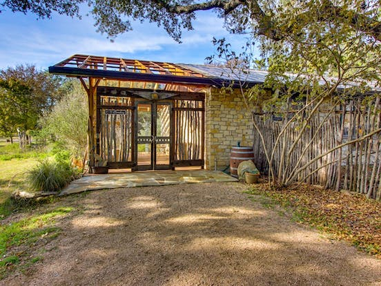 View of Wimberley, TX cabin from driveway