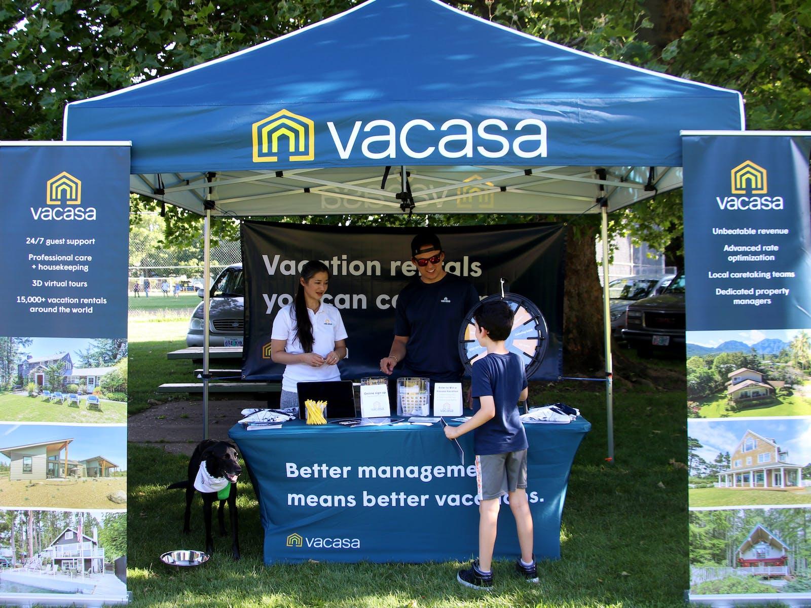 Vacasa booth