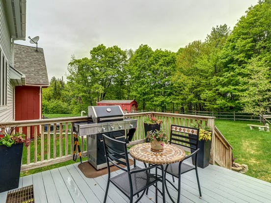 Vacation rental deck and backyard in Vermont