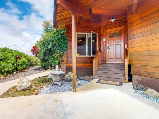 Waikoloa vacation rental with outdoor wood paneling