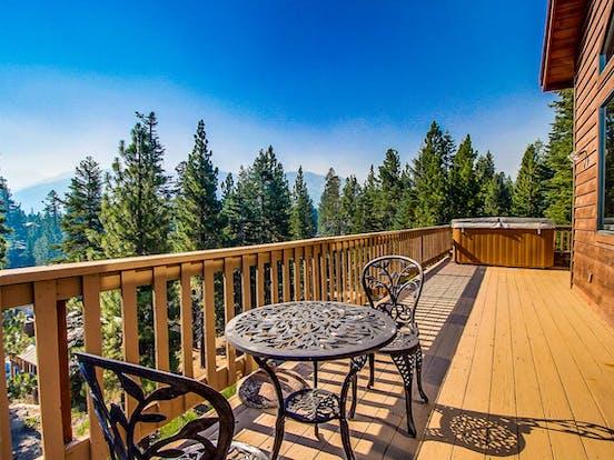 deck of Mammoth Lakes, CA vacation rental with beautiful views of Yosemite